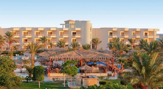 Long Beach Resort Hurghada (ex. Hilton Long Beach Resort) 4 * хотел 4•