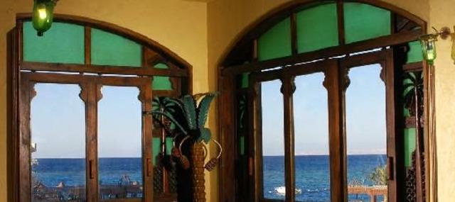 Sunny Days Mirette Hotel 3 * 3•
