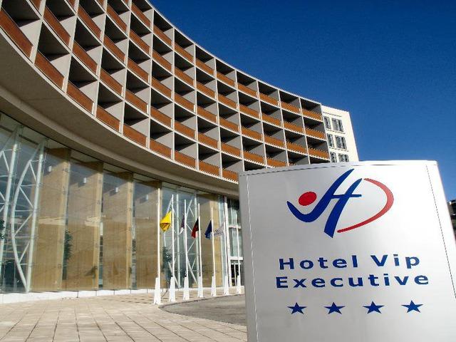 Хотел VIP Executive Azores 4* 4•