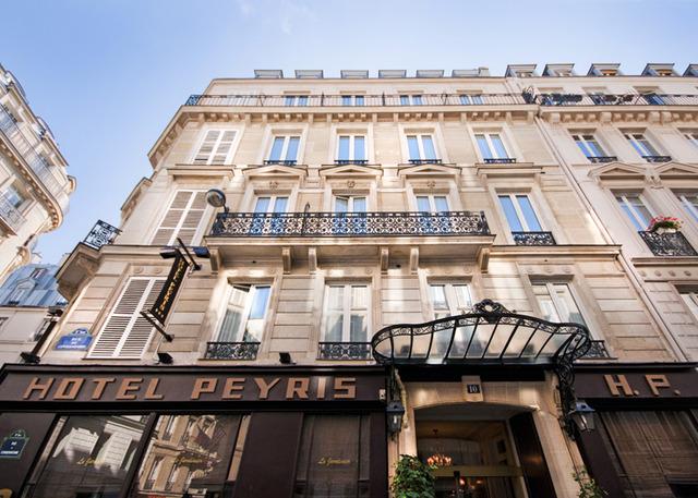 HOTEL PEYRIS *** & HOTEL PAX *** 3•