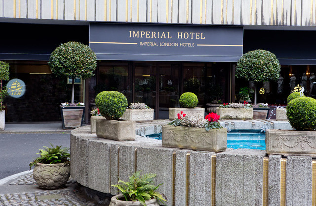 HOTEL LONDON IMPERIAL *** 3•