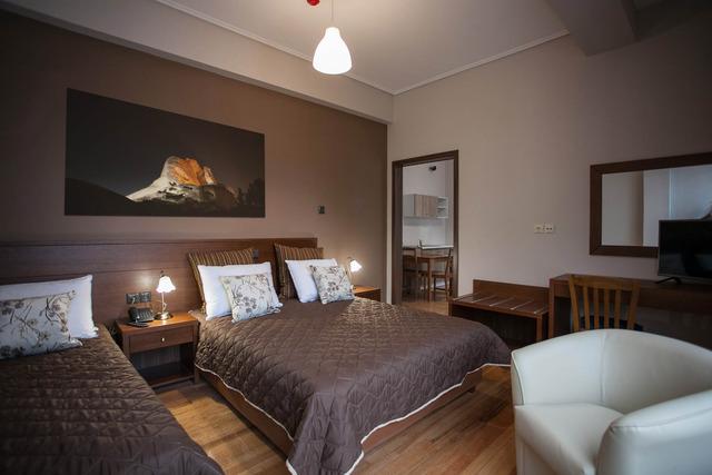 Ambrosia Hotel 4•
