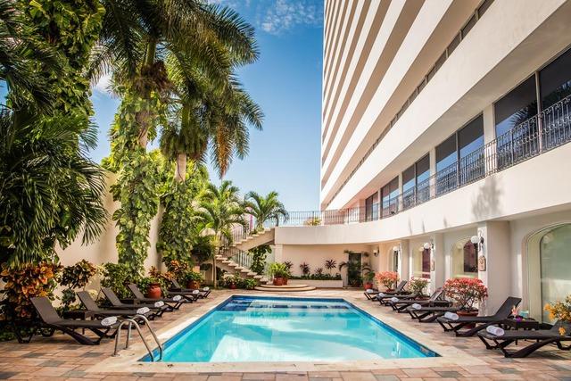 Хотел Gamma Merida el Castellano - Мерида 4•