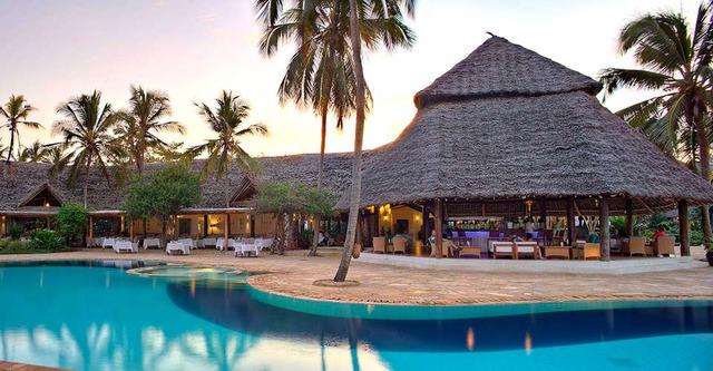 Хотел Bluebay Beach Resort & Spa - Занзибар 5•