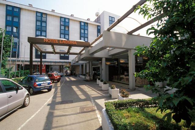 Hotel Laguna *** 3•