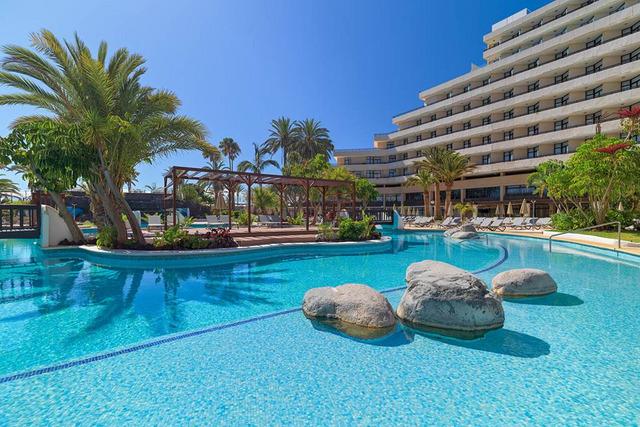 H10 Conquistador hotel 4•