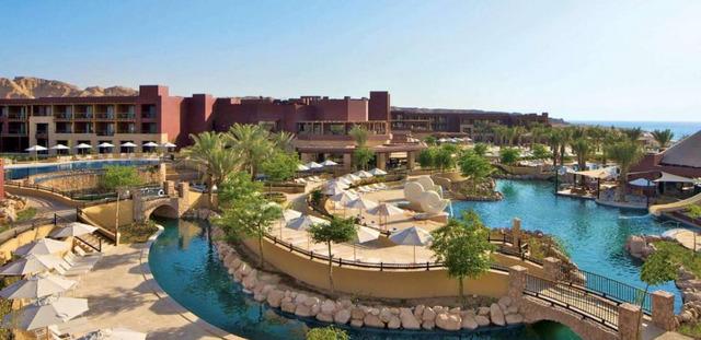 Хотел Movenpick Tala Bay Resort***** 5•