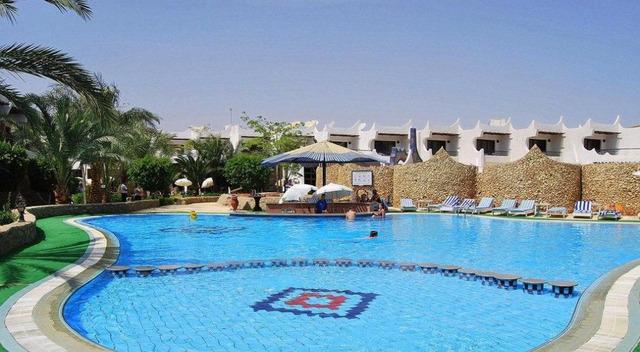 Turquoise Beach Hotel 4* 4•