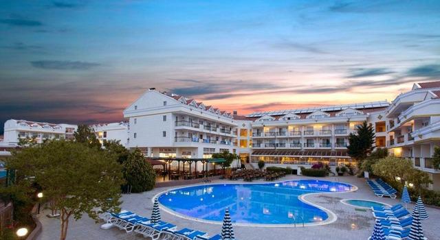Kemer Dream Hotel 4 * 4•