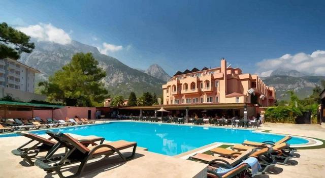 Beldiana Hotel 4 * 4•