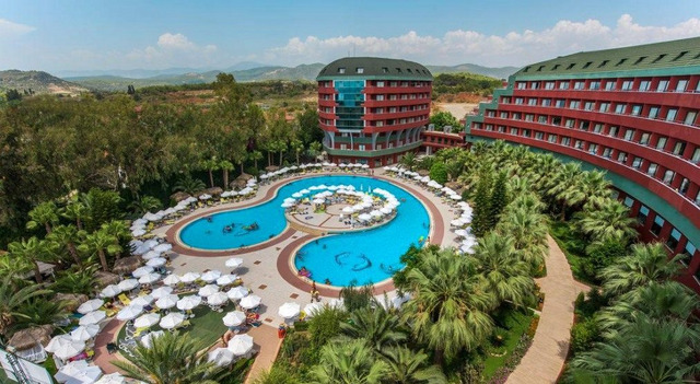 Delphin Deluxe Resort 5 * хотел 5•