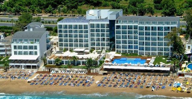 Yalihan Una Hotel 4 * 4•