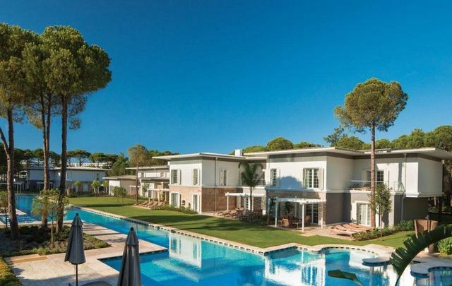 Cornelia Azure Villas 5 * хотел 5•