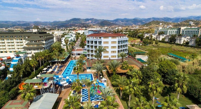 Club Hotel Caretta Beach 4 * 4•
