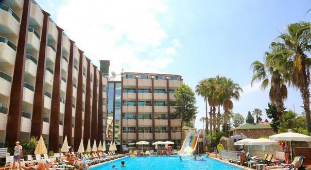 Club Tess Hotel 4 * 4•