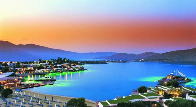 Elounda Beach Resort & Villas 5* Deluxe хотел 5•