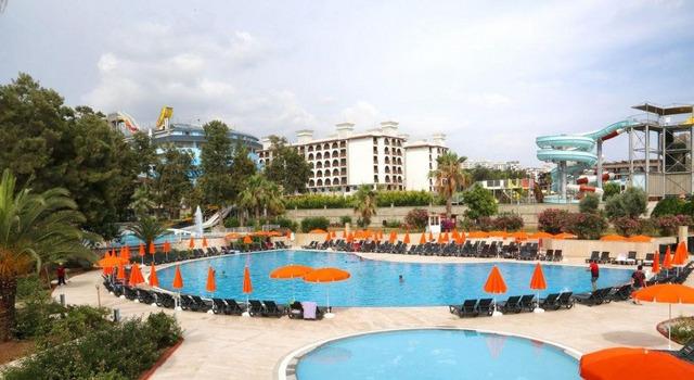 Bayar Garden Beach 4 * хотел 4•