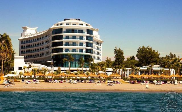 Q Premium Resort 5 * хотел 5•